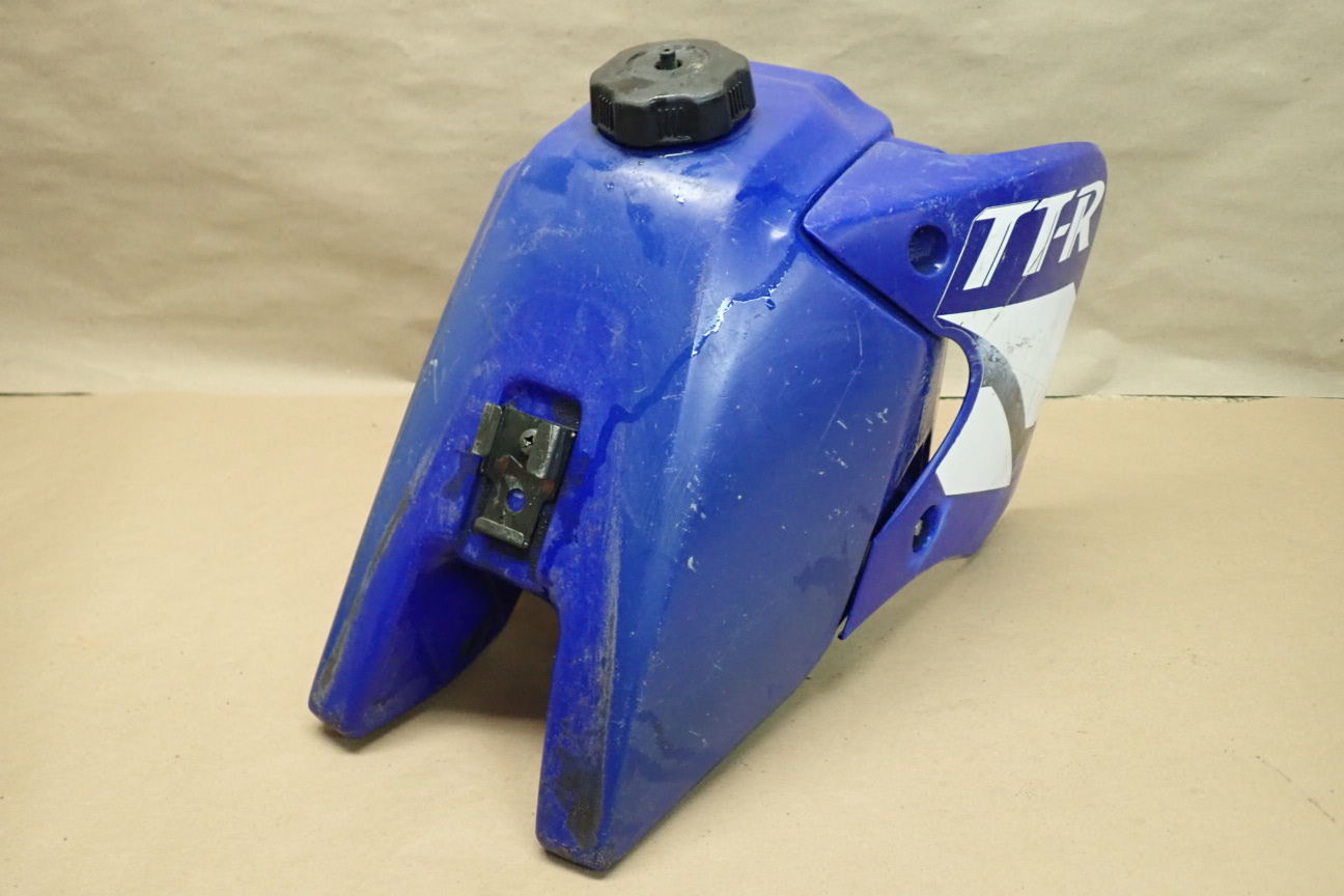 2002 YAMAHA TTR90 GAS TANK plastic and other Used Motorcycle
