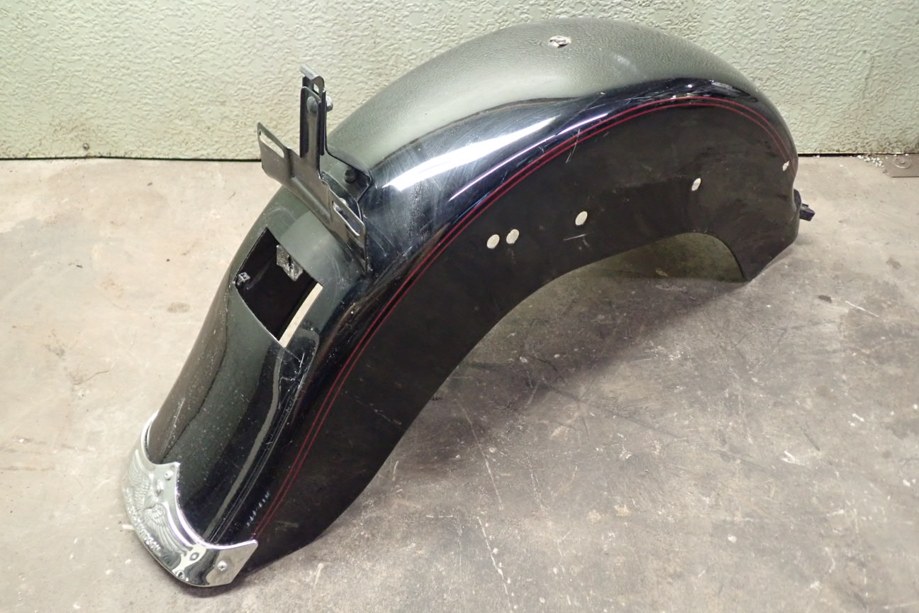 Details about 2002 HARLEY DAVIDSON SOFTAIL REAR METAL FENDER / TAG on